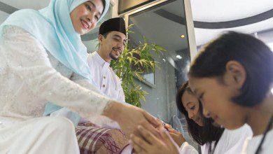 """صورة الأجواء الروحانية السمحة و""""البيت المفتوح""""… عيد الفطر وعاداته المميزة في ماليزيا"""