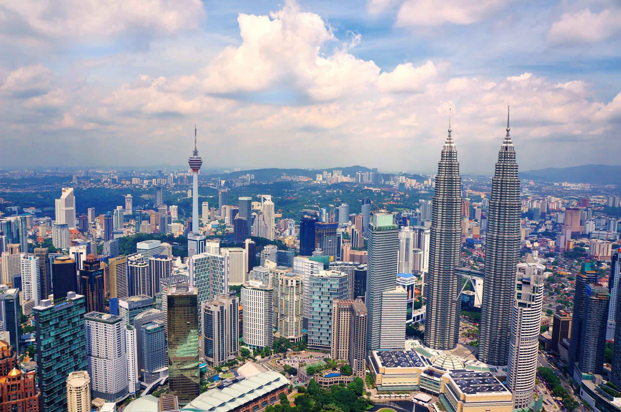 Photo of بعد سنوات من الركود والأزمات… ماليزيا تبدأ عهدًا جديدًا نحو استعادة ثقة المستثمرين