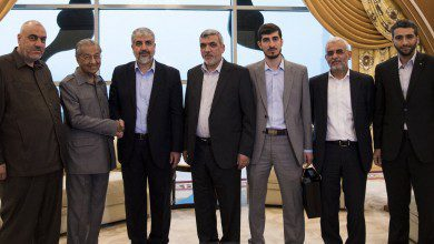 Photo of مهاتير محمد يلتقي قادة حماس لبحث الأوضاع في فلسطين