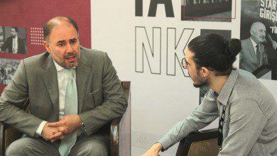 صورة وضاح خنفر رئيس منتدى الشرق في حوار خاص مع أسواق