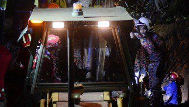 Photo of مقتل 4 عمال بعد انهيار بناء غير قانوني في بينانج