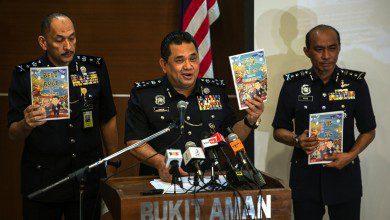 """Photo of ماليزيا تحظر رسميًّا كتاب """"سوبرمان هيو"""" الهزلي المؤيد للصين"""