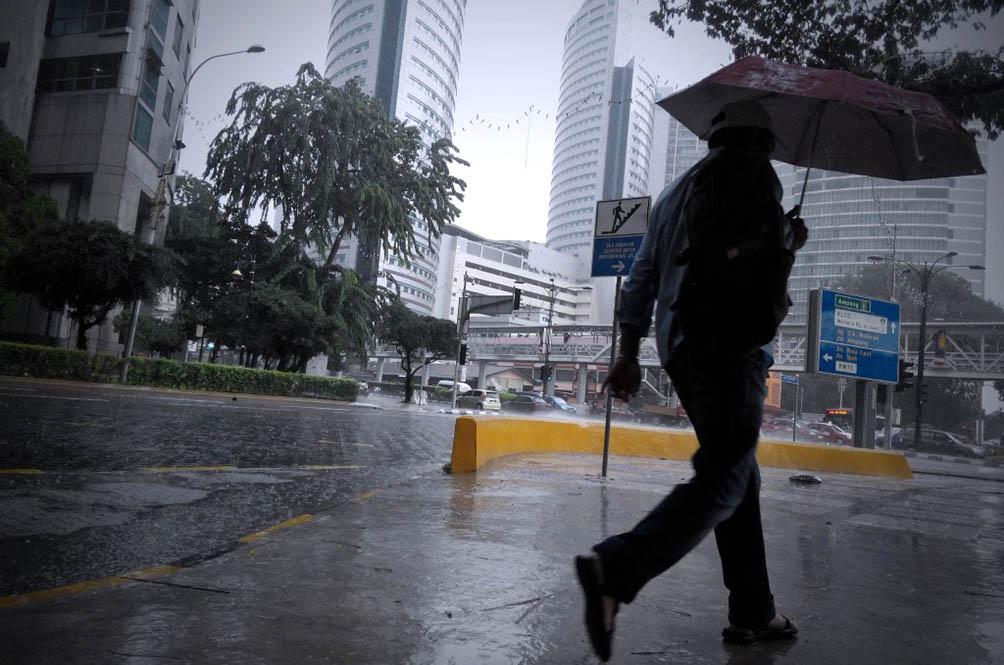 أمطار غزيرة وعواصف رعدية بأنحاء ماليزيا الأيام القادمة