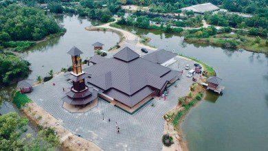 """Photo of """"مسجد الرحمن"""" في كيلانتان يجذب السياح بهندسته وموقعه"""