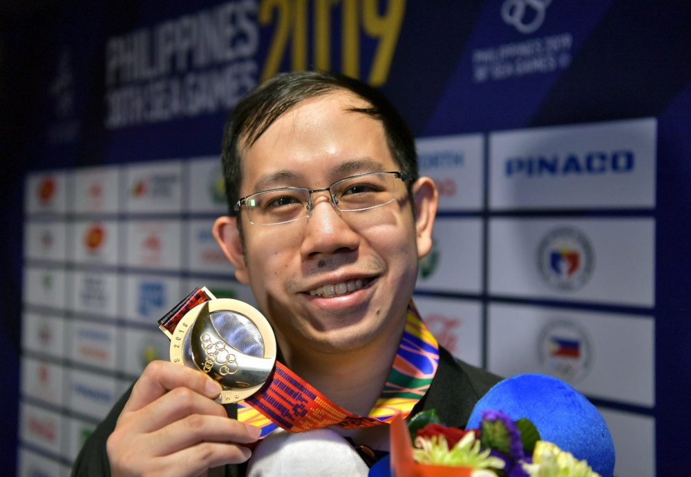 أكاديمي ماليزي.. أول بطل للرياضة الإلكترونية في الأولمبياد