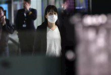 Photo of الحكومة الماليزية تصدر قراراً بمنع دخول السياح الصينيين من المناطق المتأثرة بفيروس كورونا