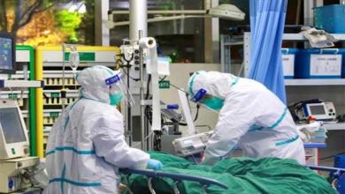 صورة وفيات كورونا تتخطى الـ 2000 والفيروس يغزو أكثر من 20 دولة