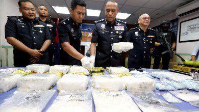 صورة بقيمة 5.2 مليون رينجيت.. الشرطة الماليزية تضبط عصابة لتهريب المخدرات