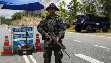 صورة مع تمديد فترة تقييد الحركة.. ماليزيا تشدد الرقابة على حدودها