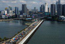 Photo of ماليزيا تجمد عملية إعادة مواطنيها من سنغافورة مؤقتاً