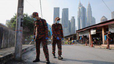 Photo of ماليزيا تستقبل العيد وسط ركود اقتصادي