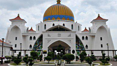 Photo of تواصل تخفيف القيود على دور العبادة في ماليزيا