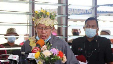 Photo of الشؤون الدينية الماليزية تحتفي بدخول 60 شخصاً في الإسلام