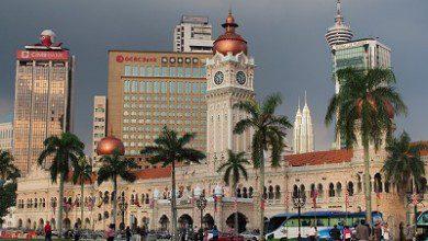 صورة ساحة الاستقلال.. رموزٌ تاريخية ومعمارية للحضارة الماليزية