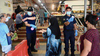 صورة ماليزيا.. مساعدات للفئات المتضررة ومحاولات للتعافي الاقتصادي