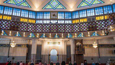 صورة ماليزيا تؤجل قرارها بشأن السماح للأجانب بالصلاة في مساجد كوالالمبور