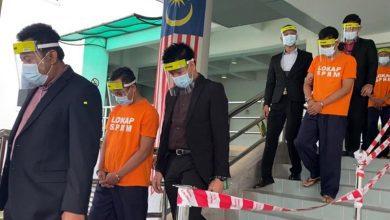 صورة محاكمة سبعة ضباط هجرة من خمس ولايات في قضايا فساد