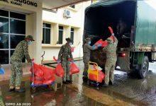 صورة الجيش الماليزي يشارك في عمليات الإغاثة للمناطق المتضررة من الفيضانات