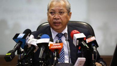 صورة إقالة أنور موسى من منصب الأمين العام للجبهة الوطنية الحاكمة