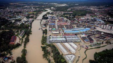 صورة بعد 10 أيام من التعافي.. الفيضانات تعود مجدداً لولايات ماليزيا الشرقية