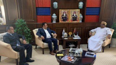 صورة رئيس غرفة تجارة وصناعة عمان يلتقي وفد جمعية رجال الأعمال المصريين العمانيين