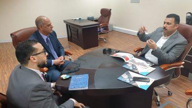 صورة رئيس مجلس إدارة جمعية رجال الأعمال المصريين العمانيين يزور شركة اوفيس سوفت بواحة المعرفة مسقط