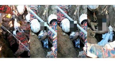 صورة بعد أن دُفن حياً.. إنقاذ عامل بعد سقوطه بحفرة نتيجة انهيار أرضي في سيلانجور