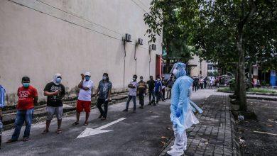 صورة الحكومة الماليزية تدرس فرض إلزامية التطعيم كشرط لتوظيف العمال الأجانب