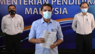 صورة بعد تفشي كورونا في المدارس.. تحالف الأمل يطالب وزير التعليم الماليزي بالاستقالة