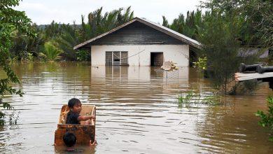 صورة غريق وأكثر من 5 آلاف نازح مع استمرار الفيضانات شرقي ماليزيا