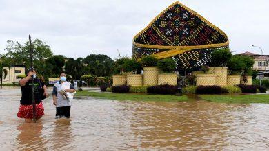 صورة الفيضانات تغمر مناطق واسعة من ولاية صباح