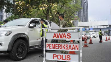 صورة جميعها بحاجة لإذن الشرطة.. تشديد القيود على كافة الأنشطة بين المناطق والولايات