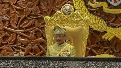 صورة السلطان عبد الله… ماليزيا تحتفل بعيد ميلاد ملكها السادس عشر