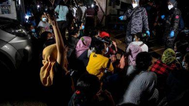 صورة عشية يوم اللاجئ العالمي.. دائرة الهجرة الماليزية تعتقل 309 مهاجرين