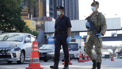 صورة نجيب عبد الرزاق: لا تقتلوا الشعب الماليزي بالإغلاق