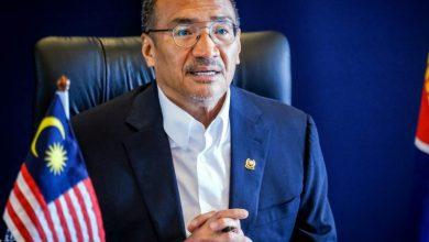 صورة ألغى زيارته للصين ومصر والكويت وقطر.. وزير الخارجية الماليزي يدخل الحجر