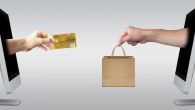 """صورة وزارة الاتصالات الماليزية تحذر من المبيعات """"رخيصة الثمن"""" عبر الإنترنت"""
