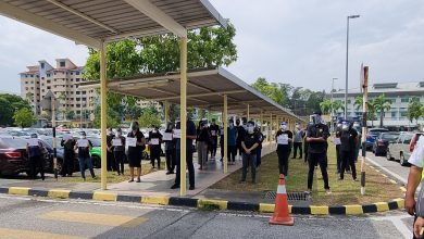 صورة الأطباء في ماليزيا يبدأون إضراباً للاعتراض على ظروف العمل والتوظيف