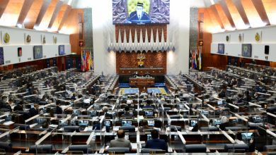 صورة بعد تأجيل البرلمان الماليزي لأجل غير مسمى.. الصحة توصي بمدة أسبوعين