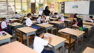 صورة تسارع في تطعيم طلاب المدارس وولايات جديدة تنضم للتعليم الوجاهي